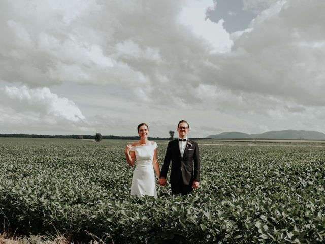 Joe and Ashley's wedding in Saint-Charles-sur-Richelieu, Quebec 25