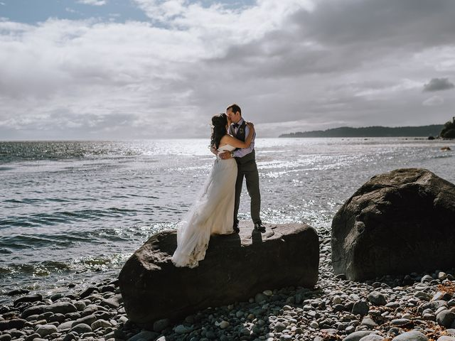 Rich and Ashlee's wedding in Sooke, British Columbia 18