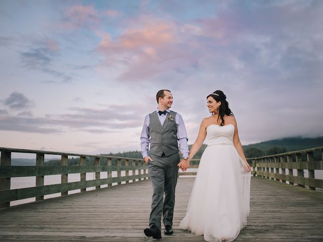 Rich and Ashlee's wedding in Sooke, British Columbia 27
