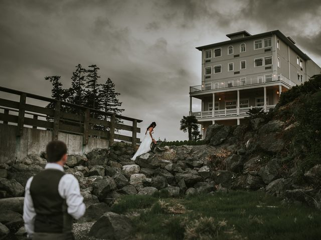 Rich and Ashlee's wedding in Sooke, British Columbia 29