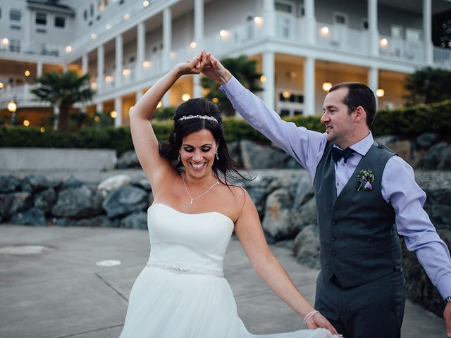Rich and Ashlee's wedding in Sooke, British Columbia 30