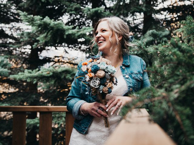 Gregg and Kristina's wedding in Canmore, Alberta 15