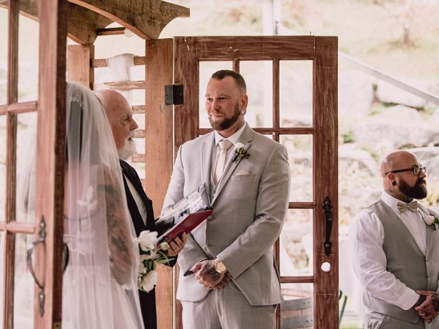 Rob and Alyssha's wedding in Vancouver Island, British Columbia 16