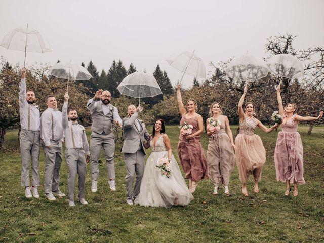 Rob and Alyssha's wedding in Vancouver Island, British Columbia 32