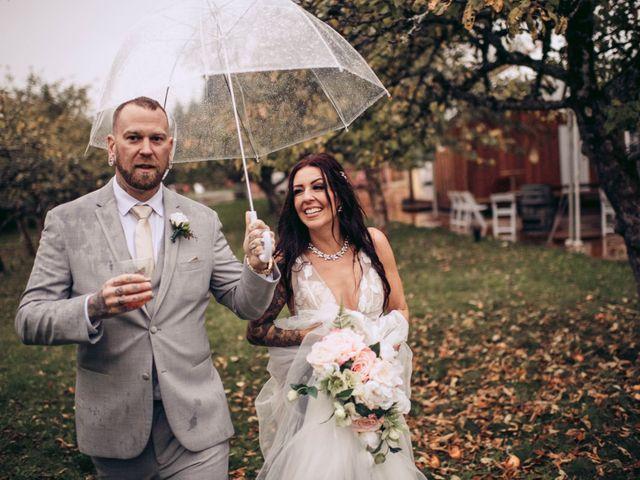 Rob and Alyssha's wedding in Vancouver Island, British Columbia 33