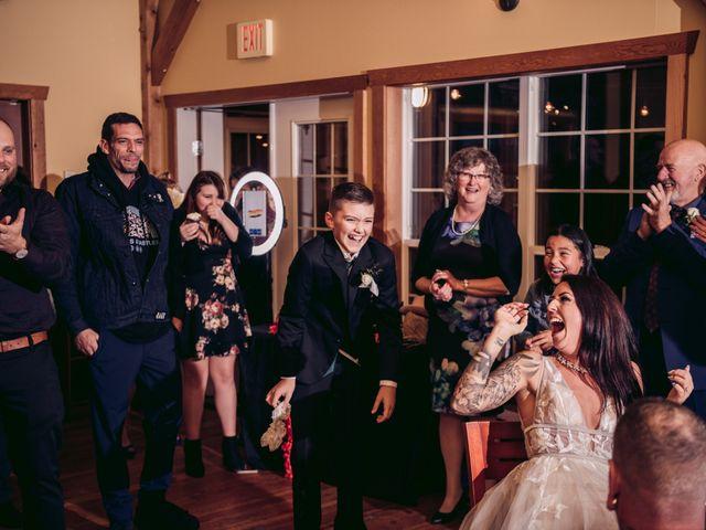 Rob and Alyssha's wedding in Vancouver Island, British Columbia 48