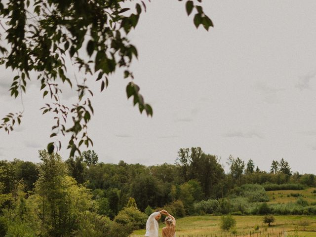 Mike and Becky's wedding in Aldergrove, British Columbia 3