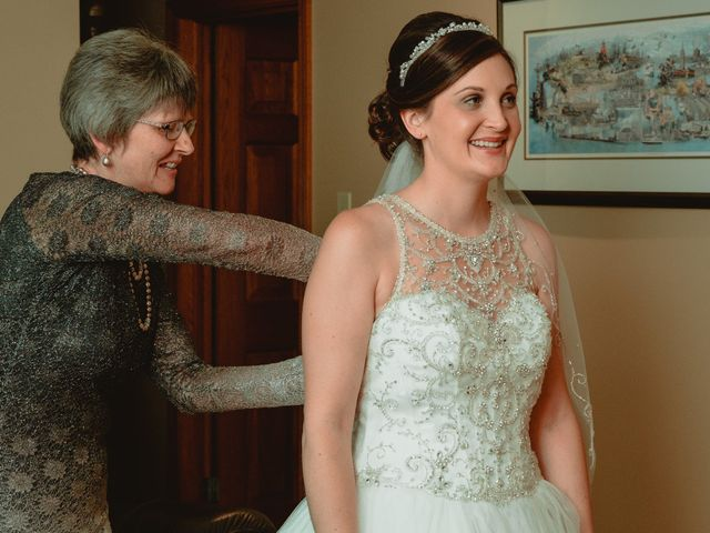 Nicole and Geoffrey's wedding in Pembroke, Ontario 29