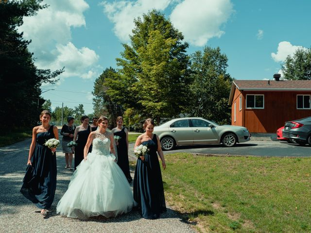 Nicole and Geoffrey's wedding in Pembroke, Ontario 49
