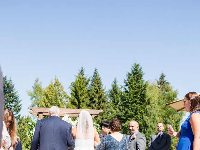 Mike and Michelle's wedding in Vancouver, British Columbia 40