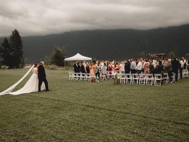 Nick and Syd's wedding in Agassiz, British Columbia 29