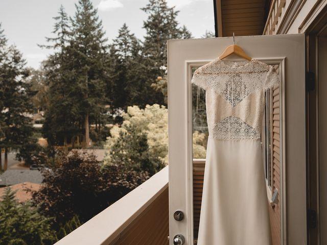 Rachael and Mark's wedding in Victoria, British Columbia 4