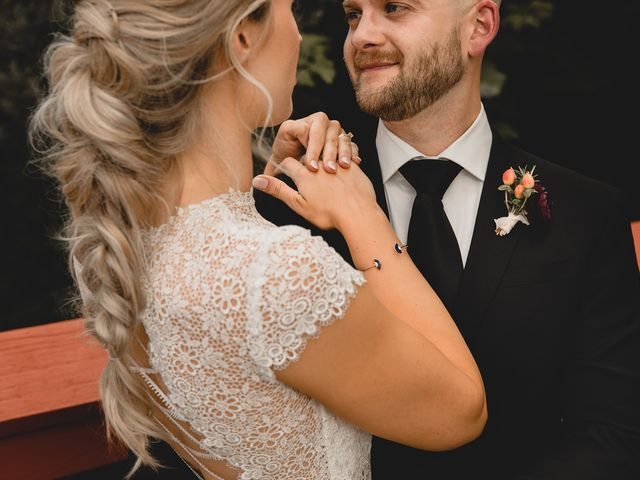 Rachael and Mark's wedding in Victoria, British Columbia 29