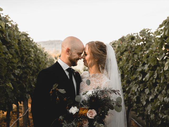 Rachael and Mark's wedding in Victoria, British Columbia 97