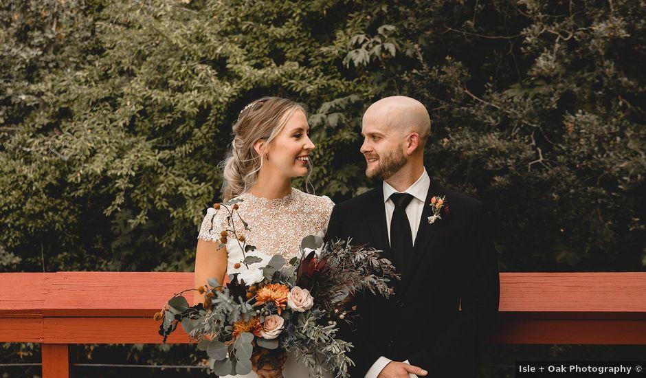 Rachael and Mark's wedding in Victoria, British Columbia