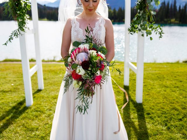 Braden and Jade's wedding in Jasper, Alberta 15