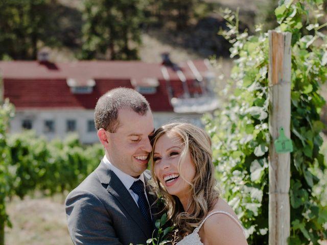 Andrew and Lindsay's wedding in Okanagan Falls, British Columbia 9