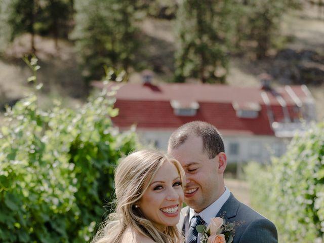Andrew and Lindsay's wedding in Okanagan Falls, British Columbia 11