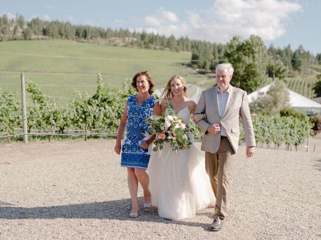 Andrew and Lindsay's wedding in Okanagan Falls, British Columbia 34