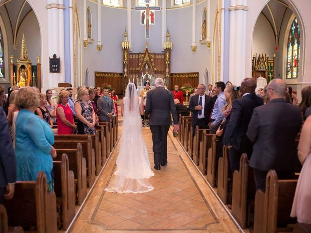 Benoit  and Chantelle 's wedding in Vancouver, British Columbia 10