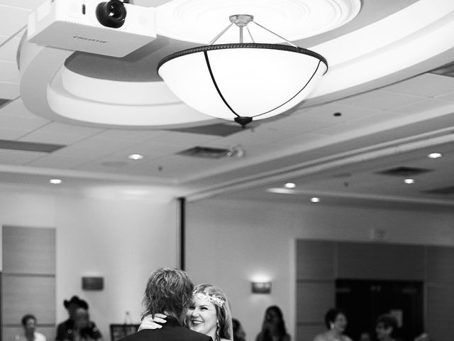 Chris and Jessee's wedding in Winnipeg, Manitoba 4
