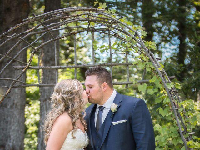 Cole and Sarah's wedding in Edmonton, Alberta 17