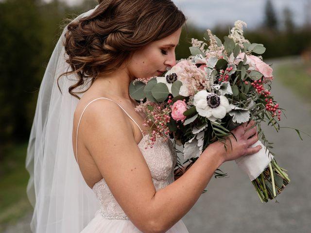 Jake and Nina's wedding in Agassiz, British Columbia 11