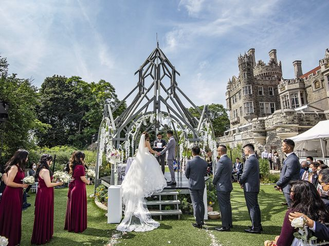 Nathaniel and Sarah's wedding in Toronto, Ontario 3