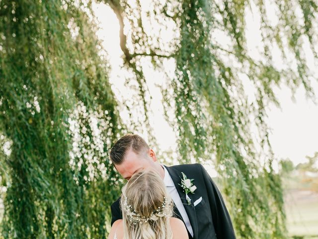 Ian and Sarah's wedding in Hamilton, Ontario 19