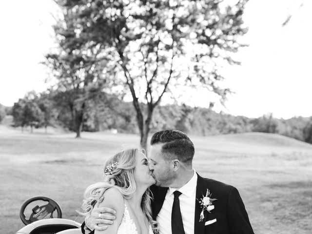 Ian and Sarah's wedding in Hamilton, Ontario 25