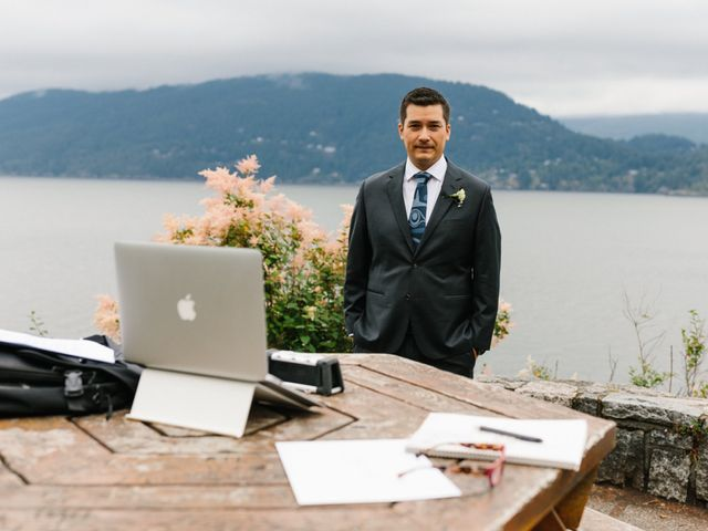 Rob and Katie's wedding in West Vancouver, British Columbia 4