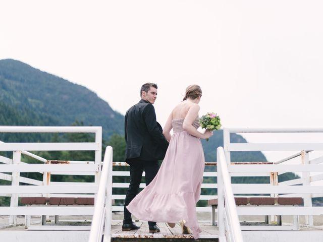 Craig and Tessa's wedding in Squamish, British Columbia 4