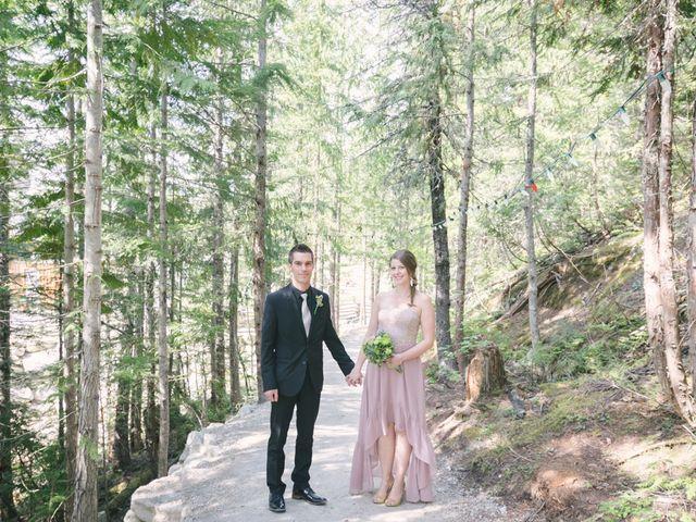 Craig and Tessa's wedding in Squamish, British Columbia 17