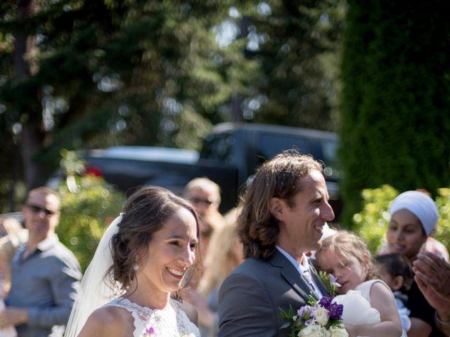 Stuart and Angela's wedding in Parksville, British Columbia 10