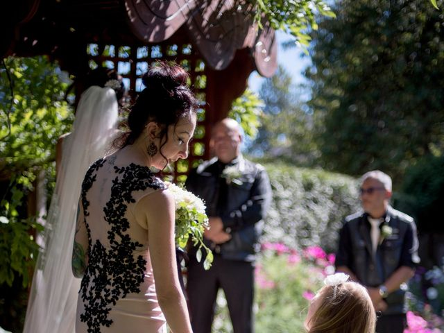 Stephane and Amanda's wedding in Victoria, British Columbia 10