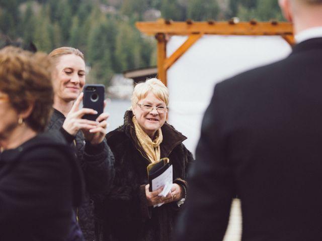 Matt and Lindsey's wedding in Bowen Island, British Columbia 16