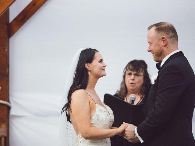 Matt and Lindsey's wedding in Bowen Island, British Columbia 19