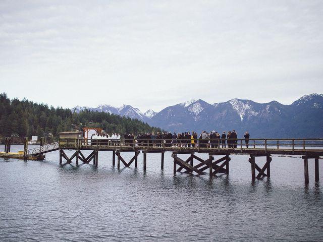 Matt and Lindsey's wedding in Bowen Island, British Columbia 20
