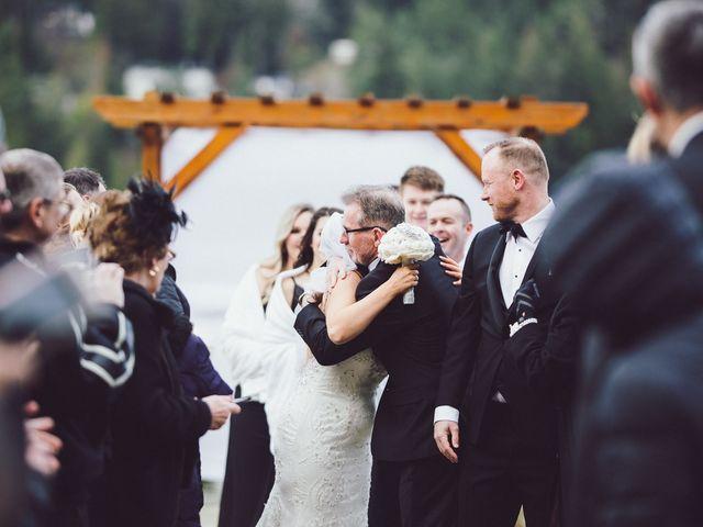 Matt and Lindsey's wedding in Bowen Island, British Columbia 22