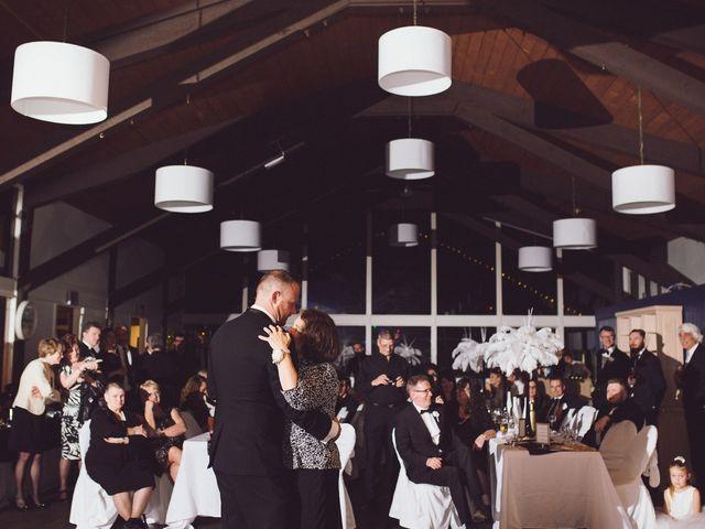 Matt and Lindsey's wedding in Bowen Island, British Columbia 57
