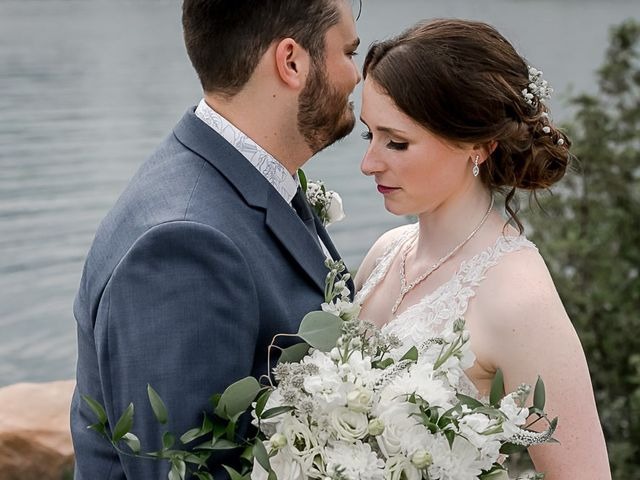 Harrison and Kate's wedding in Collingwood, Ontario 31