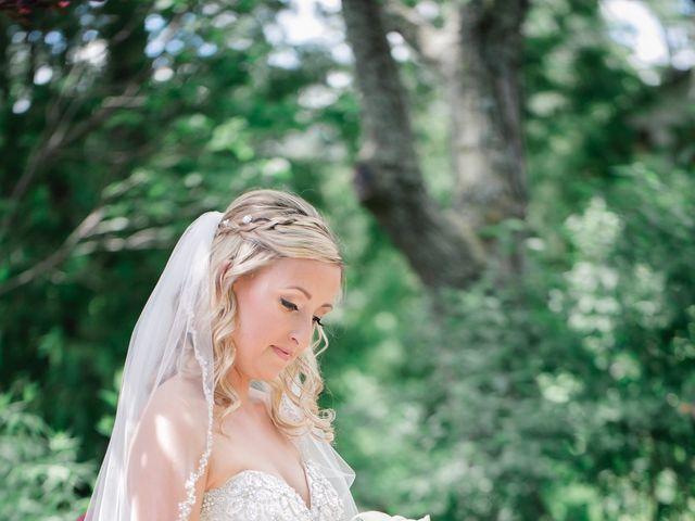 Garrett and Kayla's wedding in Alliston, Ontario 13