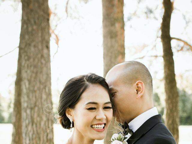 Quang and Stella's wedding in Tottenham, Ontario 4