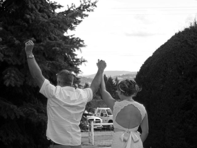 Karyn and Ryan's wedding in Vernon, British Columbia 3