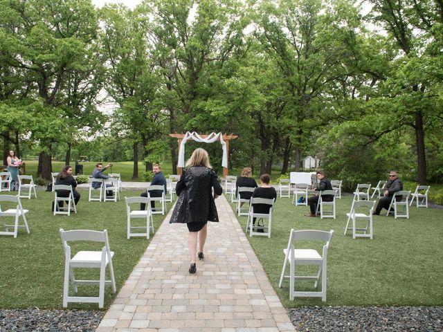 Larissa and Ryan's wedding in Winnipeg, Manitoba 16