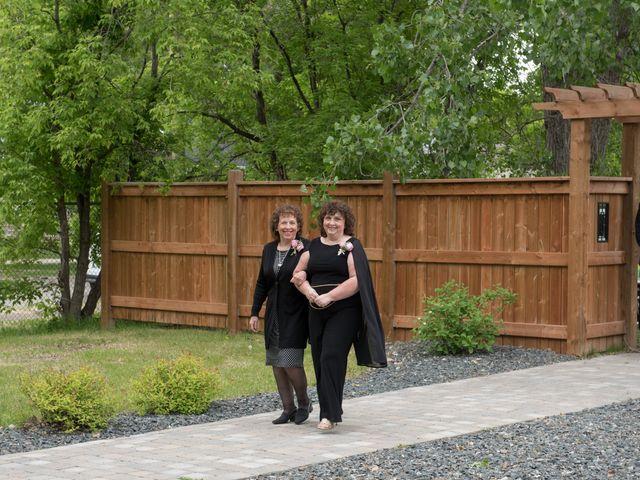 Larissa and Ryan's wedding in Winnipeg, Manitoba 19