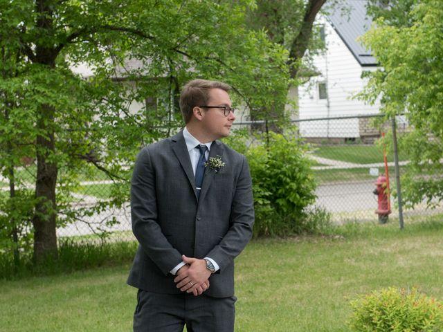 Larissa and Ryan's wedding in Winnipeg, Manitoba 26