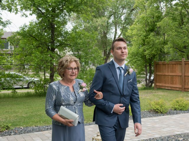Larissa and Ryan's wedding in Winnipeg, Manitoba 35