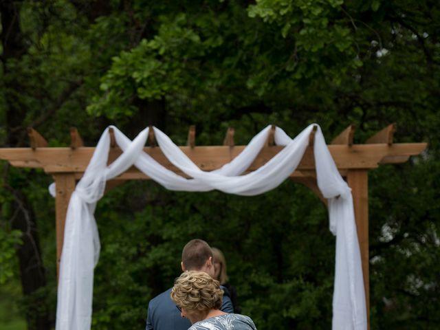 Larissa and Ryan's wedding in Winnipeg, Manitoba 41