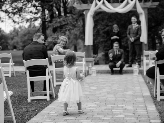Larissa and Ryan's wedding in Winnipeg, Manitoba 51
